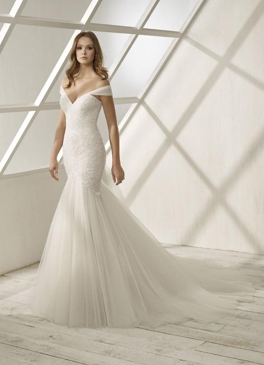 Divina Sposa Robe 192 08 Empire Du Mariage