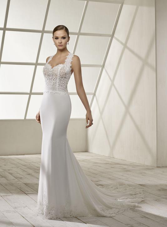 Divina Sposa Robe 192 21 Empire Du Mariage