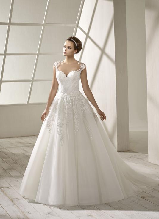 Divina Sposa Robe 192 39 Empire Du Mariage